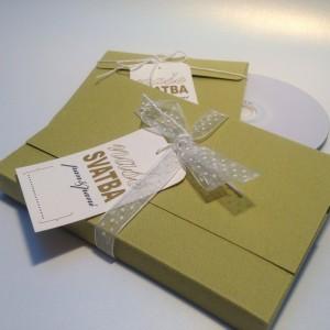 zelená sada -   obal na CD + složka na foto